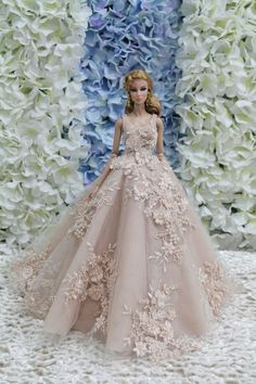 Gown-Outfit-Dress-Fashion-Royalty-Silkstone-Barbie-Model-Doll-FR  BY T.D.25/5/3 #FashionRoyalty #ClothingAccessories