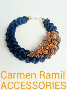 Collar de Carmen Ramil con rama de cristal