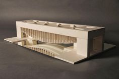 Image 1 of 8 from gallery of AD Classics: Palazzo dei Congressi / Louis Kahn. Model of the unrealised Palazzo dei Congressi, Venice. Louis Kahn, Classical Architecture, School Architecture, Architecture Design, Landscape Architecture, Lead Roof, 3d Modelle, Urban Fabric, Arch Model