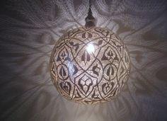 Patterns everywhere - Moroccan style Lamp Lantern via Ekonoz.com