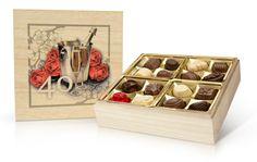 Popřejte svým blízkým sladkým dárkem - kvalitní belgickou bonboniérou v krásné dřevěné dóze.  Ideální je také jako dárek k výročí. Výborný způsob, jak své drahé polovičce sdělit, že je pro vás důležitá. Tiramisu, Decorative Boxes, Candy, Tiramisu Cake, Decorative Storage Boxes