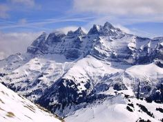 Skiing in Sölden, Tyrol Austria - unrivaled Ski Austria, Tyrol Austria, Best Skis, Thing 1, Innsbruck, Blue Mountain, Vacation Places, Midi, Top Of The World