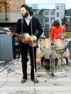 Paul and Ringo during the Beatles legendary rooftop concert. - Worldwide Wyatt - Google+