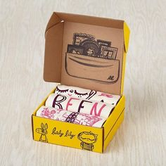 t-shirt packaging box for kids. If you want to customize your own t-shirt packaging, visit http://www.unifiedmanufacturing.com