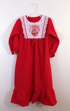 Reware Vintage: Strawberry Shortcake Nightgown
