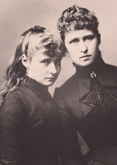 Princess Alix and Princess Irene of Hesse in 1885.