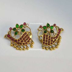 You Can Shop Jaw Dropping Jewellery For Every Budget Here Jewelry Design Earrings, Gold Earrings Designs, Gold Jewellery Design, Ear Jewelry, Cute Jewelry, Necklace Designs, Gold Jewelry, Gold Designs, Beaded Jewelry