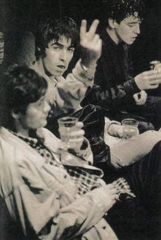 Gene Gallagher, Lennon Gallagher, Liam Gallagher Oasis, Oasis Music, Liam And Noel, Britpop, Paul Mccartney, Rock Music, Cool Bands