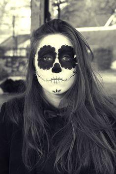 El dia de los muertos  https://www.facebook.com/pages/Audrey-Daisy-Photography/249256428446575