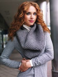 Easy Slouchy Cowl Collar By Janet Clark - Free Knitted Pattern - (canadianliving)