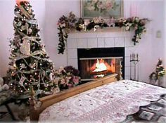A romantic themed bedroom decorated for the holidays & The 121 best Christmas fireplace images on Pinterest | Christmas ...