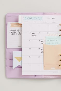 Planner Decoration Idea: Set your priorities for the week with a DIY envelope and to do list. Discover the kikki.K Lilac Planner today.