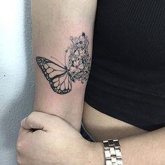 Feita pelo Tatuador/ Tattoo Artist: @adamexiste • ℐnspiração ✩ ℐnspiration • . . #tattoo #tattoos #tatuagem #tatuagens #tatouage #tatuaje #ink #tattooed #instagram #tutorial #diy #butterfly #borboleta #TatuagensFemininas