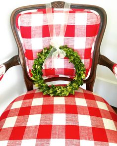 Holiday and Christmas favorites from the December Pretty Preppy Party. Christmas Colors, All Things Christmas, Christmas Home, White Christmas, Christmas Holidays, Christmas Decorations, Happy Holidays, Christmas Ideas, Christmas Chair