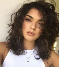 18 Glam Goddess Braids You Will Love Wearing for 2019 - Style My Hairs Curly Hair Cuts, Medium Hair Cuts, Medium Hair Styles, Curly Hair Styles, Messy Bob Hairstyles, Hairstyles Haircuts, Wedding Hairstyles, Wavy Wedding Hair, Vintage Wedding Hair