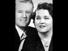 What Gladys Elvis Presley's Mother Told Elvis ! - YouTube