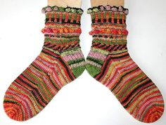 socks in Zitron and ....