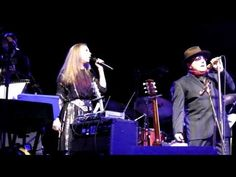 ▶ Van Morrison & Shana Morrison sing 'Sometimes We Cry' - YouTube