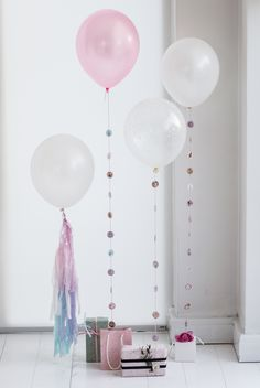 DIY balloons : Homemade party decorations for spring parties.
