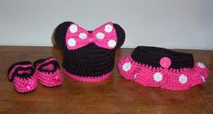 Hey, I found this really awesome Etsy listing at https://www.etsy.com/listing/162220309/crochet-minnie-mouse-hot-pink-hat-diaper