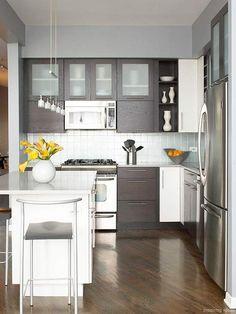 Adorable 66 Small Modern Kitchen Design Ideas https://decorisart.com/18/66-small-modern-kitchen-design-ideas/