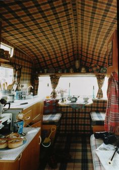 tartan interior....this is fantastic..looking at all the details makes me want to camp NOW