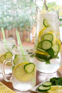 Cucumber, Lemon, and Mint Infused Water Cucumber, Lemon, and Mint Infused Water Lemon Mint Water, Lemon Infused Water, Drinking Lemon Water, Infused Water Recipes, Infused Waters, Lemon Water Health Benefits, Lemon Benefits, Fresco, Cucumber Water