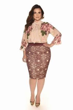 Curvy Inverno 2017 - Fascinius Moda Evangélica Plus Size Summer Outfit, Plus Size Outfits, Moda Xl, Curvy Girl Fashion, Womens Fashion, Plus Size Chic, Plus Size Fashion Tips, Curvy Dress, Next Clothes