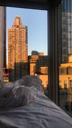 New York Life, Nyc Life, City Life, Apartment View, Dream Apartment, City Aesthetic, Aesthetic Bedroom, Concrete Jungle, Dream Rooms