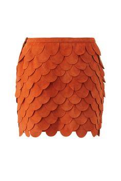 Cute scalloped skirt !