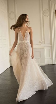 Eisen Stein 2018 Wedding Dresses - Blush Bridal Collection #weddingdress #wedding #weddinggown #bridedress