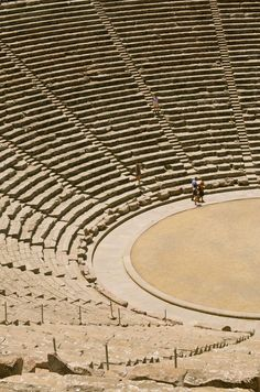 Greece, The Ancient Theatre of Epidaurus situated within the archaeological site of the Sanctuary of Asklepios, in the Argolis prefecture of the Peloponnese Ancient Greek Theatre, Ancient Greek Art, Ancient Ruins, Ancient Greece, Egyptian Art, Ancient Artifacts, Ancient Egypt, Mykonos, Site Archéologique