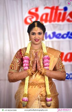 Flower Garland Wedding, Floral Wedding Decorations, Indian Wedding Photography, Candid Photography, Wedding Photoshoot, Wedding Shoot, Wedding Ideas, Wedding Saree Blouse Designs, Wedding Highlights