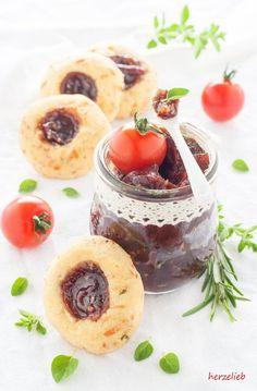 Fingerfood - Käse Engelsaugen mit Tomatenmarmelade   Dieser Beitrag enthält Werbung!
