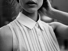 brown dress with white dots Mode Style, Style Me, A Well Traveled Woman, Modern Hepburn, Brown Dress, Fashion Details, Rock, Fashion Beauty, Women's Fashion