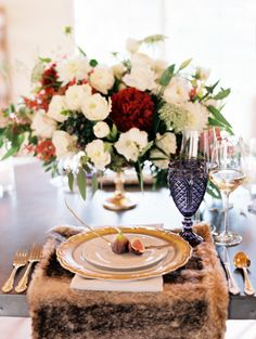 Rustic dinner table: http://www.stylemepretty.com/2014/12/30/crimson-inspired-harvest-feast-shoot/ | Photography: Lavender & Twine - http://lavenderandtwine.com/