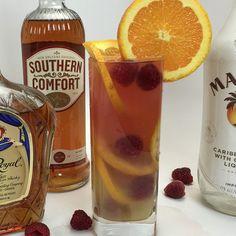 oz Crown oz Coconut Rum oz Southern Comfort Peach oz Banana Liqueur Splash cranberry juice Splash of orange juice Orange slices Raspberries Cocktails, Non Alcoholic Drinks, Bar Drinks, Cocktail Drinks, Cocktail Recipes, Beverages, Tipsy Bartender, Coconut Rum, Drink Specials