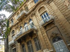 A building in #Aleppo-Syria