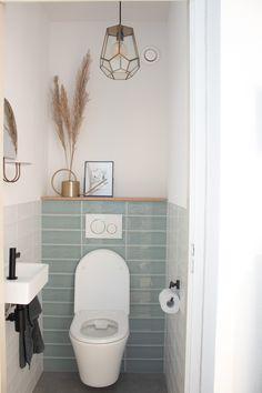 Bathroom Renos, Laundry In Bathroom, Small Bathroom, Toilet Room Decor, Small Toilet Room, Bad Inspiration, Bathroom Inspiration, Small Toilet Design, Simple Bathroom Designs