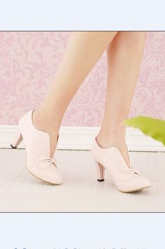 #Fashion Bowknot#Fashion Bowknot Embellished Lovely High Heel Pumps Pink http://www.clothing-dropship.com/fashion-bowknot-embellished-lovely-high-heel-pumps-pink-g1293644.html