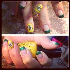 GO PACK GO - PACKER NAILS! Packer Nails, Winter Nail Designs, Almond Nails, Nail Art Galleries, Winter Nails, Diy Nails, Beauty Nails, Hair And Nails, Class Ring