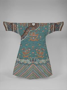 Woman's festival robe from the Qing Dynasty, China, in the late 19th century. The Met.
