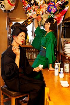 Otose & Catherine - Gintama cosplay by hideOMEGA and Hiyori Seibutsu / photo by Takemaru