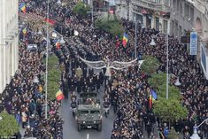 Soldiers carry the coffin of late Romanian King Michael during a funeral ceremony in Bucha. Michael I Of Romania, Romanian Royal Family, Funeral Ceremony, Bucharest, Prince Charles, Queen Anne, World War Two, Finals, Around The Worlds