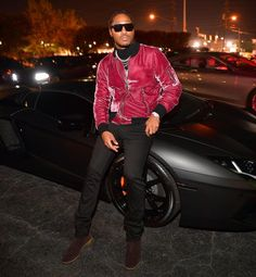 Rapper Future was spotted in Atlanta, Georgia leaning on his Lamborghini. He was rocking an Amiri Merlot silk velvet bomber jacket (Buy Now) and a pair of Bottega Veneta brown suede chelsea boots (Buy Now).