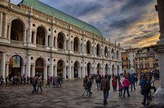 Basilica Palladiana e Piazza dei Signori, Vicenza, Italy (photo Marco Dal Zotto)