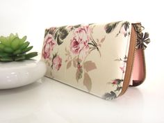 VEGAN WALLET, Womens Wallet in vintage style, Handmade Women's wallet from beautiful cotton fabric that packed with safety for your goodies by CoversCrafts on Etsy https://www.etsy.com/listing/220198122/vegan-wallet-womens-wallet-in-vintage