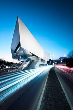 Porsche Museum // The Porsche Museum is an automobile museum in the Zuffenhausen district of Stuttgart. The display area covers 5600 square meters featuring around 80 exhibits, many rare cars and a variety of historical models. The museum, which is as flexible as it is exclusive, functions as a home base for the vehicles. (Stuttgart, Germany) #kmc day trips