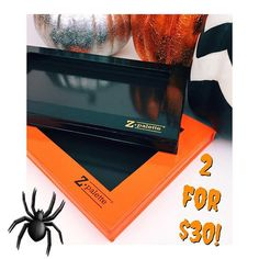 BOO! We've got a #halloween treat just for you! From now until Halloween pick up One Large Black #ZPalette and One Large Orange #ZPalette for $30!✨ Get one for you and one for your boo! Tag a friend! Hurry this deal ends after Halloween! #TeamZPalete  #moremakeup #morefun #sale #Halloween #makeuptalk #beautytools #muakit #deals
