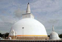 Estupa budista en Sri Lanka
